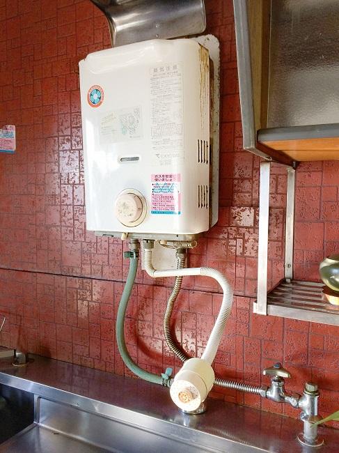 湯沸かし器 瞬間