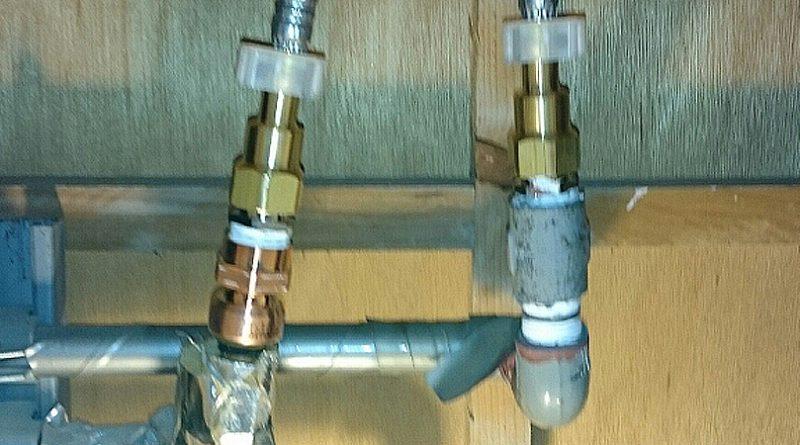 [東京都台東区]浴室のシャワー水栓と台所のシングルレバー水栓の交換工事