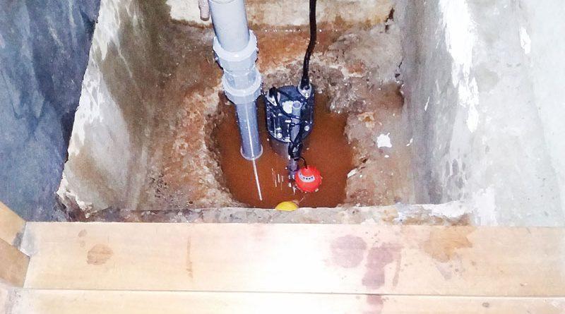 [東京都豊島区]戸建ての湧き水排水ポンプの交換工事[DWVA1024]